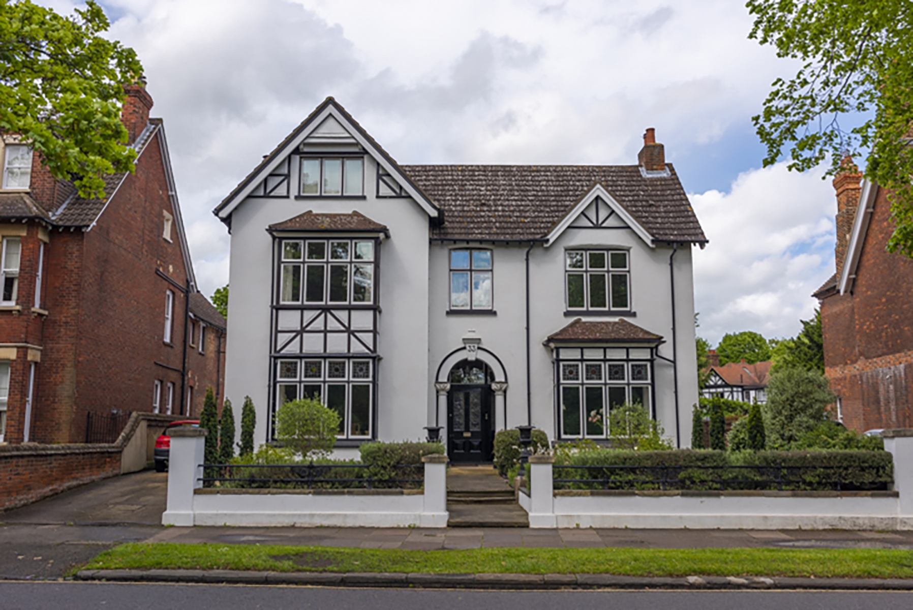 Detached house on The Embankment, Bedford